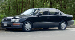 250px-Lexus_LS_400_UCF20_I.jpg
